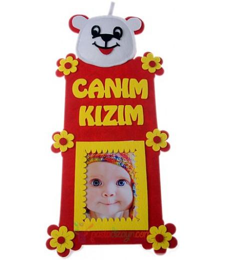 Sarı Kırmızı Kız Bebek Fotograf Çerçeve