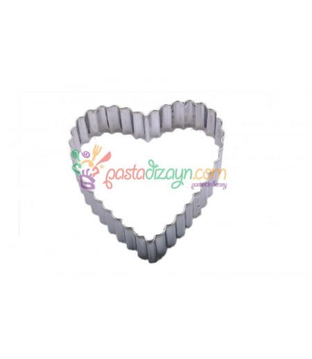 Tırtıklı Kalp Kurabiye Kalıbı,8cm